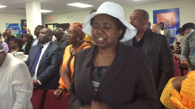 The-congregation-during-the-1st-Service-Cerebration